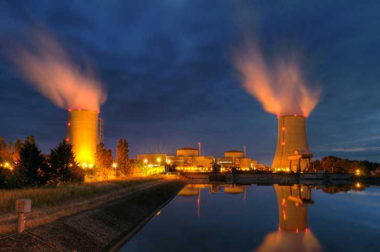 атомный взрыв-2