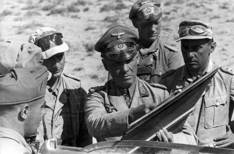 Nordafrika, Erwin Rommel mit Offizieren