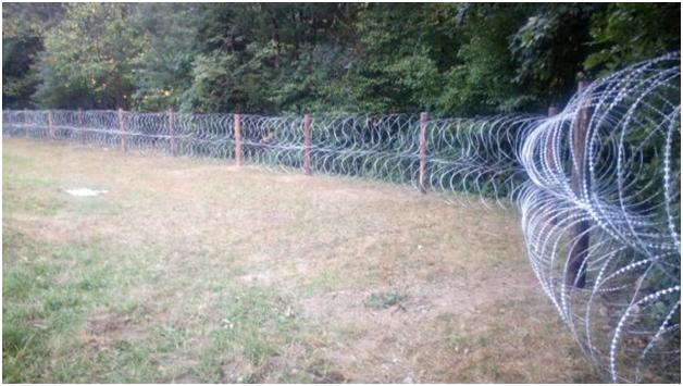 проволока на румынской границе