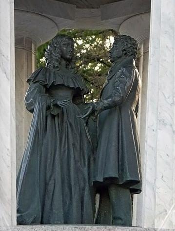 памятник пушкину и гончаровой - 2