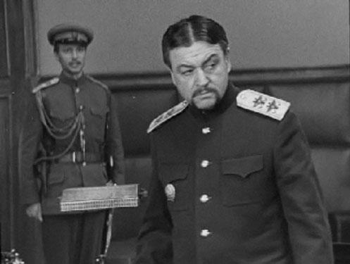 Копелян в роди генерала Ханжина